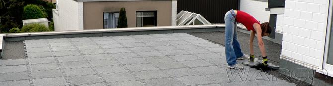 Terrazza sul tetto stabile e moderna con le lastre isolanti WARCO.